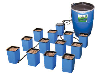 DRIP-N-GRO DUAL TOP FEED DRIP SYSTEM WITH RESERVOIR AND 6 SITES 702792